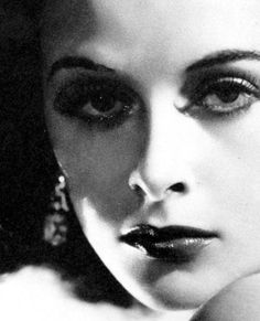 Introducing Hedy Lamarr to Hollywood, 1938 Old Hollywood Movies, Vintage Hollywood, Classic Hollywood, Hollywood Glamour, Hedy Lamarr, Star Wars, Most Beautiful People, Exotic Beauties, Famous Faces