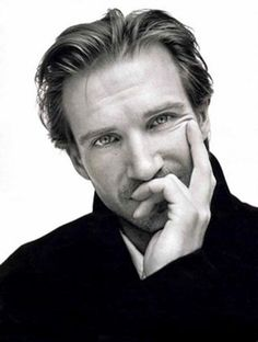 ralph fiennes - Google Search