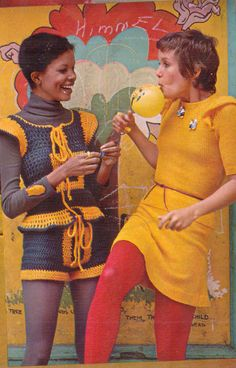 Crochet hot pants and vest - gold country Models - Season Hubley - So Funny Epic Fails Pictures Bad Fashion, Fashion Fail, Teen Fashion, Retro Fashion, Vintage Fashion, Fashion Seasons, Hot Pants, Girl Model, Country Girls