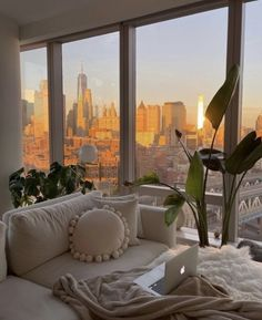 Dream Home Design, My Dream Home, House Design, Dream Life, Dream House Nyc, Apartment View, Dream Apartment, Apartment Bathroom Design, Retro Apartment