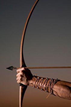 ♂ World martial art Archer Art Scandinave, Art Viking, Theme Sport, Longbow, Traditional Archery, Bow Arrows, Dragon Age, Vikings, Medieval