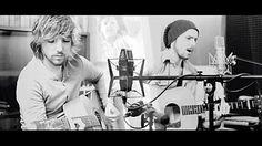 Sonohra:duo di cantanti costituito dai fratelli Luca Fainello e Diego Fainello, originari di Verona. Il duo ha vinto la sezione giovani del Festival di Sanremo 2008 con il brano L'amore.