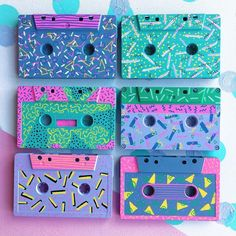 pattern Amazing patterns and neon colours! pattern Amazing patterns and neon colours! Neon Colors, Colours, 90s Pattern, 90s Theme, Donia, 90s Party, Retro, Art Inspo, Party Themes