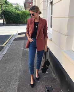 blazer and jeans outfit Mode Outfits, Casual Outfits, Fashion Outfits, Fashion Ideas, Look Blazer, Casual Blazer, Business Outfit, Fall Outfits For Work, Mode Hijab