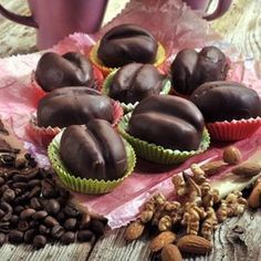 Czech Recipes, Ethnic Recipes, Christmas Biscuits, Mini Cupcakes, Sushi, Deserts, Muffin, Baking, Fruit