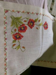 This Pin was discovered by NAL Cross Stitch Embroidery, Embroidery Patterns, Hand Embroidery, Cross Stitch Patterns, Ribbon Work, Bargello, Cutwork, Needlepoint, Poppies