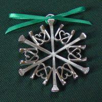Frostlight Snowflake - My Great Pins Horseshoe Nail Art, Horseshoe Projects, Horseshoe Crafts, Metal Projects, Welding Projects, Metal Crafts, Horseshoe Ideas, Blacksmith Projects, Horse Shoe Nails