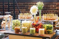 L-Eat Catering in Toronto displays crudite, dip, and shrimp lollipops on antique carts. Photo: Courtesy of L-Eat Catering Aperitivos Finger Food, Fingers Food, Gula, Catering Food, Catering Display, Catering Ideas, Wedding Catering, Food Stations, Healthy Foods