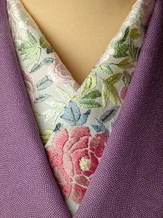 This is a kimono scarf named Haneri. Silk, hand embroidery. 牡丹 正絹 手刺繍半衿