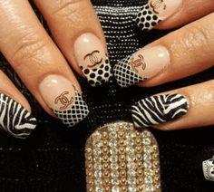 ACRYLIC Brush Nail Art Supply – SAINTCHiC Glue On Nails, 3d Nails, Nail Manicure, Love Nails, Nail Polish, Black And White Nail Designs, Black White Nails, 3d Sticker, Decal
