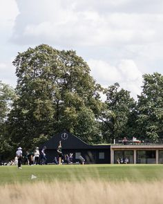 UK architecture studio Reed Watts has created a timber clubhouse for an amateur cricket team in London's Bushy Park that is designed to be both modern and familiar. Larch Cladding, Richmond Upon Thames, Structural Insulated Panels, Water Storage Tanks, Royal Park, Roof Structure, Rooftop Terrace, Amazing Architecture