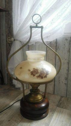 elektrische Petrolium Lampe Holz Messing  Shabby Vintage Landhaus Standlampe