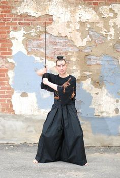 Samurai Kuro Hakama Pants New Items on Etsy  #SeeMeNYFW