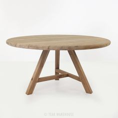 The Toni Reclaimed teak outdoor dining table in round style format is a bold, innovative design with a solid reclaimed teak construction and eye catching conversation starting design. Round Outdoor Dining Table, Round Wood Table, Custom Dining Tables, Teak Dining Table, Dining Table Design, Dining Room, Round Garden Table, Diy Table Legs, Indoor Outdoor Furniture