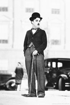 Charlie Chaplin in City Lights Chaplin Film, Charles Spencer Chaplin, Abbott And Costello, Vevey, Cinema, Andy Biersack, Silent Film, Funny People, Comedians
