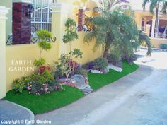 Para sa house ni lolit on pinterest philippines house for Landscaping plants in the philippines