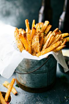 The secrets to the very best EXTRA CRISPY oven baked Parmesan fries! Via chelseasmessyapron.com                                                                                                                                                                                 More