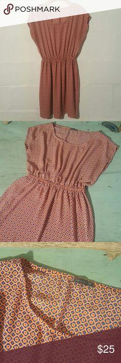 Soprano Dress Like new size medium. No rips snag stairs. Smoke-free pet-free home. Elastic waisted. Soprano Dresses Midi