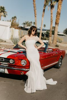 Cali Wedding Dress by Georgia Young Couture. PINK LEMONADE is a glamorous escape where the Summer feels are everlasting. Drawing on inspiration from the Hollywood golden era and set in the epicentre of a thousand palms.This 5 piece collection liberates women in a way that is fun and feminine. SODA POP, OASIS, CALI, COLA and THE PALMS will become the new favourite gowns of the season. One Day Bridal, Beautiful Wedding Gowns, Designer Wedding Dresses, Bridal Collection, Bridal Style, Strapless Dress Formal, Georgia, Pink Lemonade, Couture Bridal