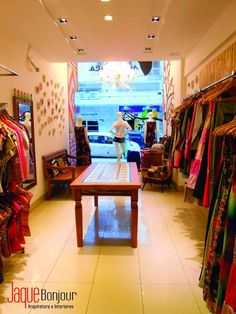 comercial - loja de roupas