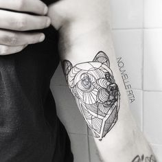 Artistic Animal Tattoos Made with Exquisitely Bold Contour Lines - My Modern Met -- idea for drawing