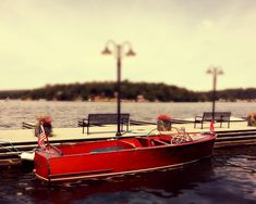 1949 Chris Craft Sportsman on the Lake. Lake Hopatcong, Chris Craft Boats, Runabout Boat, Old Boats, Speed Boats, Wooden Boats, Luxury Travel, Kayaking, Sailing