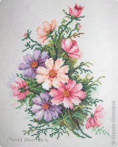 Cross Stitch Borders, Cross Stitch Flowers, Cross Stitch Designs, Cross Stitching, Cross Stitch Embroidery, Embroidery Patterns, Cross Stitch Patterns, Palestinian Embroidery, Beading Patterns Free
