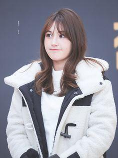 Jeon Somi ( 전소미 ) Best Photos Collection - The K-Pop Chart Kpop Girl Groups, Korean Girl Groups, Kpop Girls, Jeon Somi, Bae Suzy, Daily Pictures, K Idol, Ioi, Korean Actresses