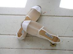 Vintage 1980s Calvin Klein Espadrilles / 80s Beach Shoes / Endless Summer White Canvas Designer Mocs