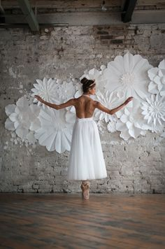 Shanna Melville Bridal | Ballet Inspired Shoot | Ballerina Wedding Inspiration | Images From Julie Michaelsen | http://www.rockmywedding.co.uk/ballet-inspired-bridal-looks-big-day/