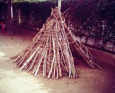 Tipi Escola dels Encants Outdoor Spaces, Exterior, Ideas, Art, Teepees, Home, Outdoor Living Spaces, Art Background, Kunst