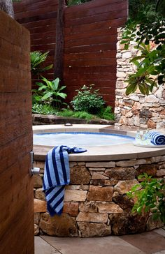 Enter a Piece of The Haven in Your Home- 20 Divine Outdoor Jacuzzi Designs