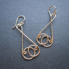 Unique Kreations :: Scales Earrings. Would look cute with a couple crystal dangles on the bottom too. :)