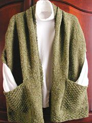 Scarf/shawl with pockets