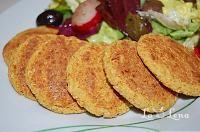 Zacusca de dovlecei(varianta rapida si sanatoasa) - LaLena.ro Raw Vegan Recipes, Vegan Vegetarian, Vegetarian Recipes, Healthy Recipes, Vegan Food, Healthy Food, Falafel, Baby Food Recipes, Carne