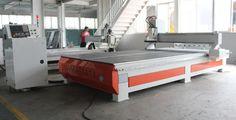 Factory machine picture for ATC wood cnc router(www.mtengraver.com)