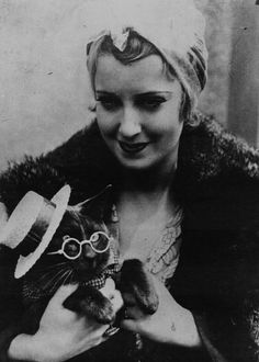 Jeanette MacDonald and her cat