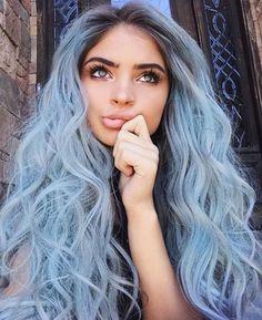 coole frisuren, blaue augen, graue, lange, lockige haare