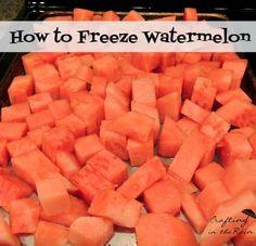 to Freeze Watermelon How to Freeze Watermelon: Remove seeds & cut into cubes. Flash freeze then store in zip loc baggies.How to Freeze Watermelon: Remove seeds & cut into cubes. Flash freeze then store in zip loc baggies. Freezing Fruit, Frozen Watermelon, Watermelon Recipes, Frozen Fruit, Fruit Recipes, Can You Freeze Watermelon, Freezing Pineapple, How To Store Watermelon, Eating Clean