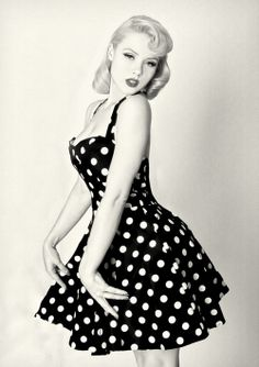 LOLO Moda: Timeless Fashion - Polka Dot Trends