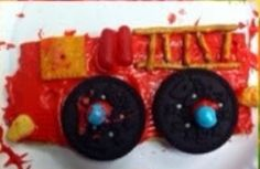 Firetruck cookie diy Fire Prevention Week, Firetruck, Fire Engine, Yummy Treats, Cookie, Halloween, Diy, Biscuit, Bricolage