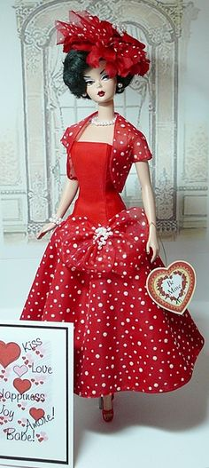 Barbie Dolls : Image : Description I should get me a Barbie and make Holiday outfits for it to display under a hurricane glass Barbie Dress, Barbie Clothes, Barbie Patterns, Vintage Barbie Dolls, Barbie Collector, Barbie Friends, Barbie World, Mode Vintage, Holiday Outfits