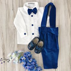Connor Suspender Set 💙 Perfect for the Holidays!  In stock and ready to ship!  Order here 👉🏼 ittybittytoes.com