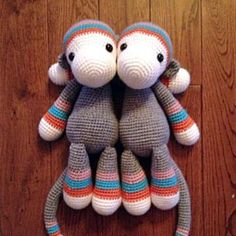 Tallou the monkey amigurumi crochet pattern by AuroraGurumi