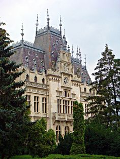 Culture Palace - Iasi, Romania by CameliaTWU, via Flickr