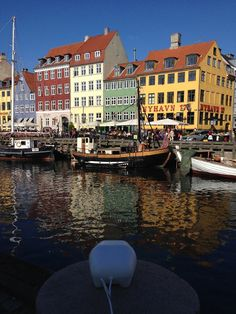 Yesterday I took a stroll in lovely sunny Copenhagen. Had to stop at Nyhavn (New Harbour) to watch the tourists and tour boats passing by. Doesn't this just look like all the postcards you see from Copenhagen? #cph #copenhagen