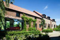Moderne dakkapel |architectenwoning.be: uitzonderlijk gerenoveerde hoeve in Lennik