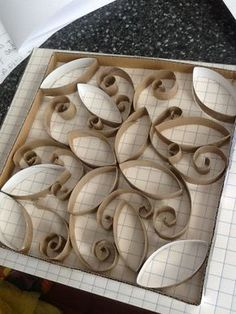 20120407-072926.jpg http://artzcool.net/2012/04/11/can-you-believe-these-are-made-from-toilet-paper-rolls/