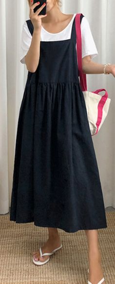 Style Spaghetti Strap wrinkled linen cotton clothes For Women Sewing black DressThis dress is made of cotton or linen fabric, soft and breathy. Makes you look slimmer and matches easily. Materials used:cotton linenMeasurement:Size bust / Sewing Summer Dresses, Simple Summer Dresses, Summer Dresses For Women, Sewing Dresses For Women, Casual Cotton Dress, Cotton Dresses, Casual Dresses, Womens Linen Dresses, Womens Linen Clothing