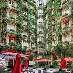 True to its extraordinary city, Hôtel Plaza Athénée is no ordinary hotel. On the prestigious avenue Montaigne, the tree-lined boulevard of French fashion, the hotel proudly offers guests the very best of Paris Strasbourg, Street View, Paris City, City Style, French Fashion, Lighthouse, Instagram, Boutique, Google Search